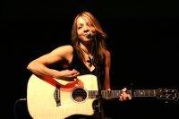 Bild zu Konzert - Melanie Dekker