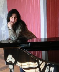 One Day - Klavierkonzert zur neuen CD von Sevi Salam