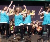 Bild zu Tanzen für Kinder und Jugendliche (ab 11 Jahren)