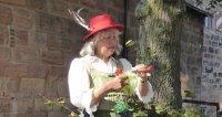 Märchenspaziergang auf der Stadtmauer und im Burggarten