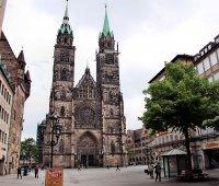 Über den Glocken von St. Lorenz