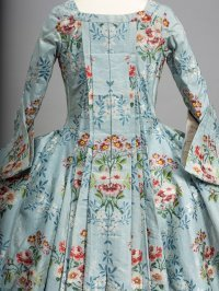 Luxus in Seide - Mode des 18. Jahrhunderts