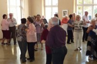 Tanznachmittag für ältere Menschen