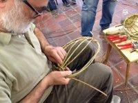Aktiv in Almoshof: Flechten lernen mit Weiden